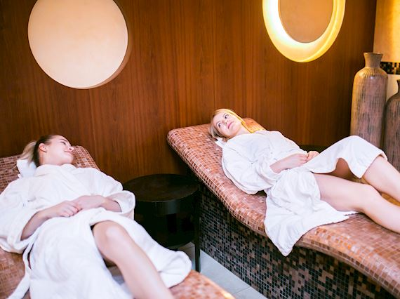 Facial treatment, Spa, Massage - promo package in Sopot