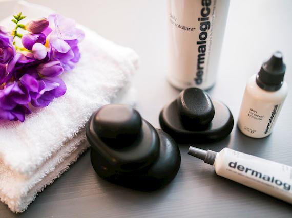 Massage rocks and ointment